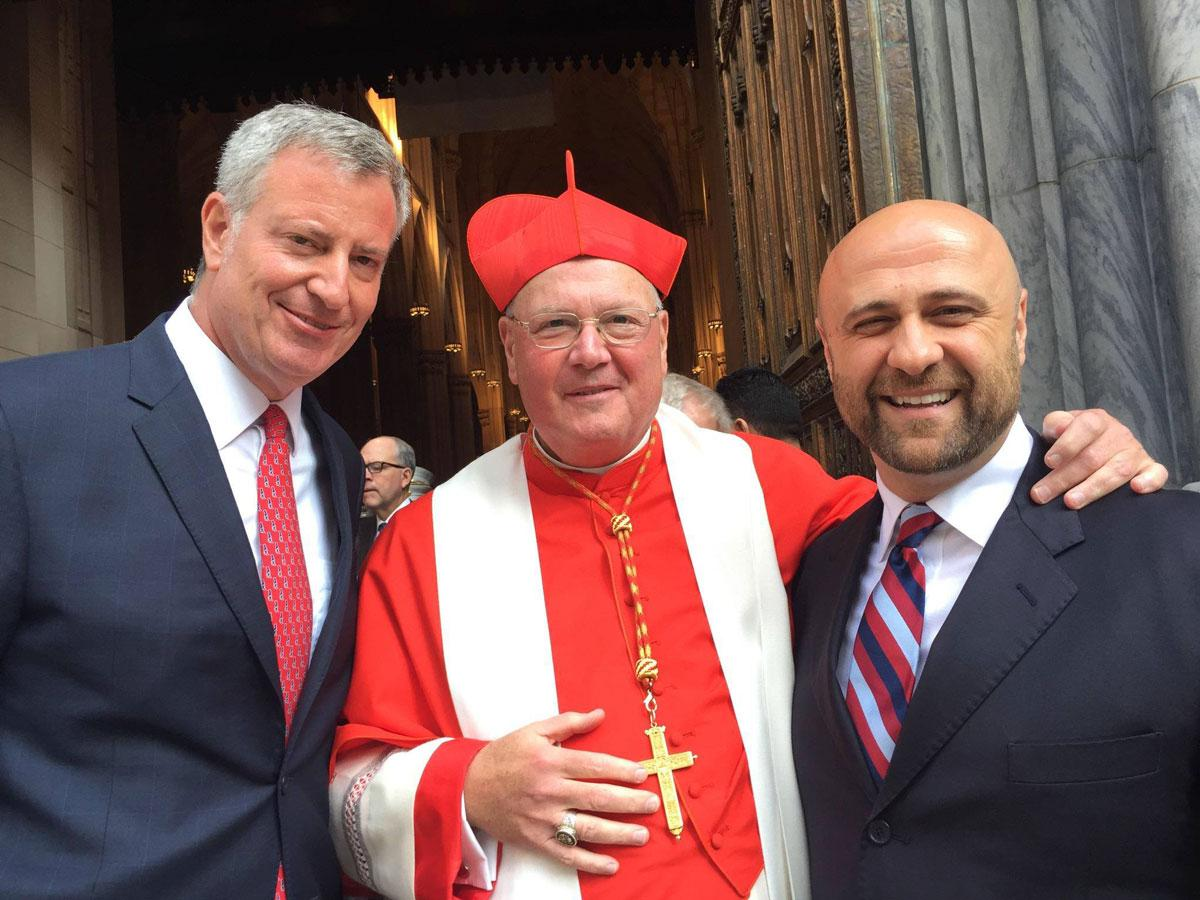 Robert Stearns with NYC Mayor Bill DeBlasio, and Cardinal Timothy Dolan